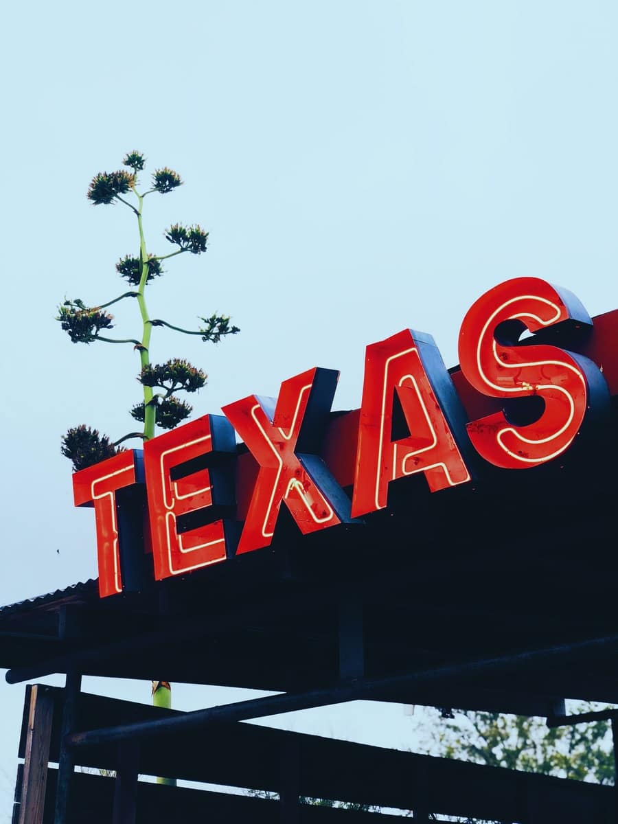 red Texas store signage