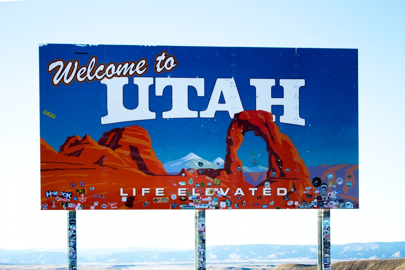 Welcome to Utah signage
